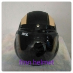 helm bogo cream hitam