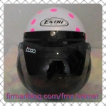 helm retro cat