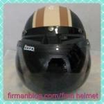 helm retro coklat hitam cream