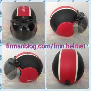 helm bogo merah hitam