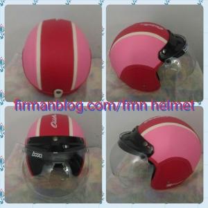 helm bogo pink merah